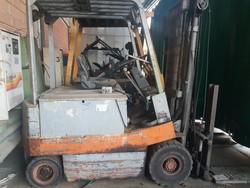OM forklift truck - Lot 56 (Auction 5098)