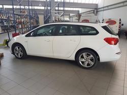 Autocarro Opel Astra Sport Tourer