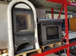 Eva Calor pellet stoves - Lot 10 (Auction 5101)