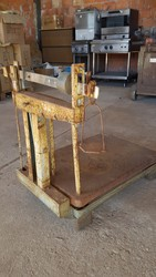 Weighing machine - Lot 20 (Auction 5109)