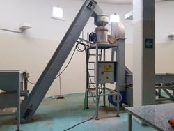 Machine for the production of nougat and hazelnut cutting machine - Lot 0 (Auction 5130)