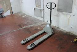 Quicklift pallet truck - Lote 30 (Subasta 5145)