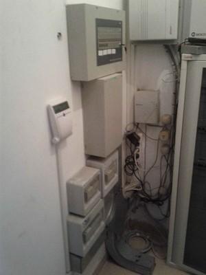 Impianto allarme e televisivo ed uffici - Asta 515