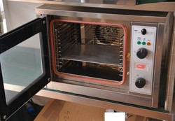 Electric convection oven - Lote 25 (Subasta 5156)