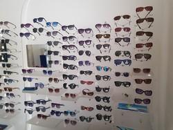 Glasses and exhibitors - Lote 11 (Subasta 5157)