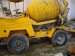 Concrete mixer Truck - Lot 6 (Auction 5164)