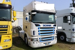 Scania road tractor - Lot 2 (Auction 5194)