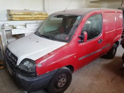 Fiat Dobl   truck and equipment - Lot 1 (Auction 5201)