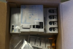 Chronothermostats and Perry gas detectors - Lot 8 (Auction 5203)