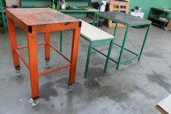 n 3 Workbenches - Lot 24 (Auction 5214)