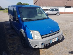 Ford Transit and Mercedes vans - Lot 0 (Auction 5220)