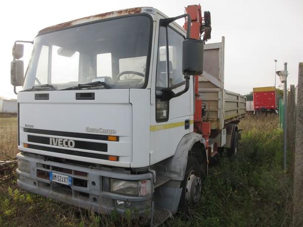 4#5227 Autocarro Iveco