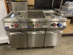 Professional gas cooker and cylinders for bakery - Auction 5234