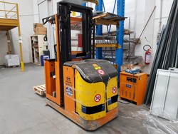 Pimespo forklift - Lot 9 (Auction 52510)