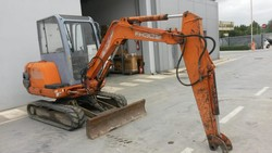 FH30 2 excavator - Lot 8 (Auction 5254)