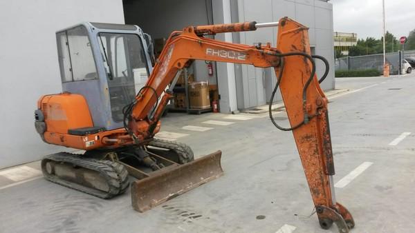 8#5254 Escavatore FH30.2