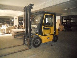 OM Forklift - Lot 10 (Auction 5259)