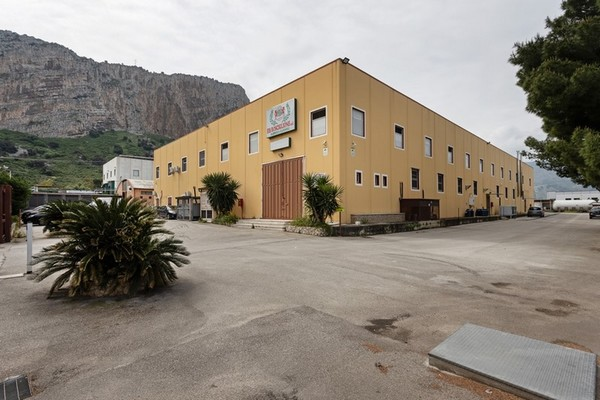 1#5296 Cessione del compendio aziendale F.lli Rosciglione SRL
