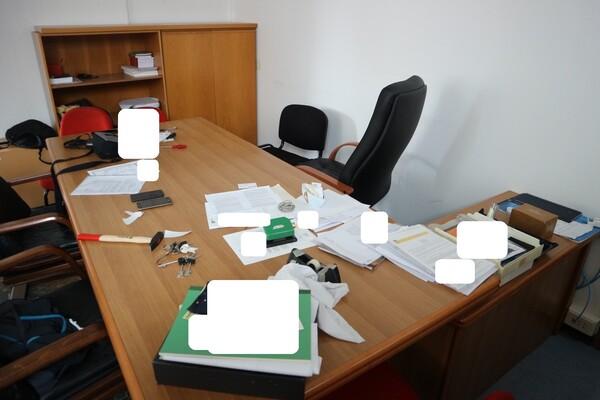 15#53000 Arredamento ufficio in vendita - foto 10