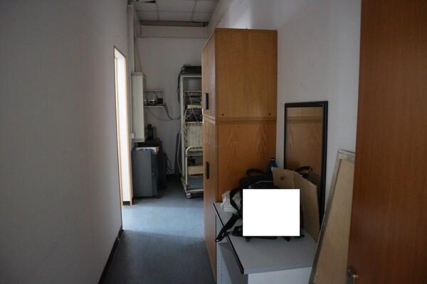 15#53000 Arredamento ufficio in vendita - foto 46