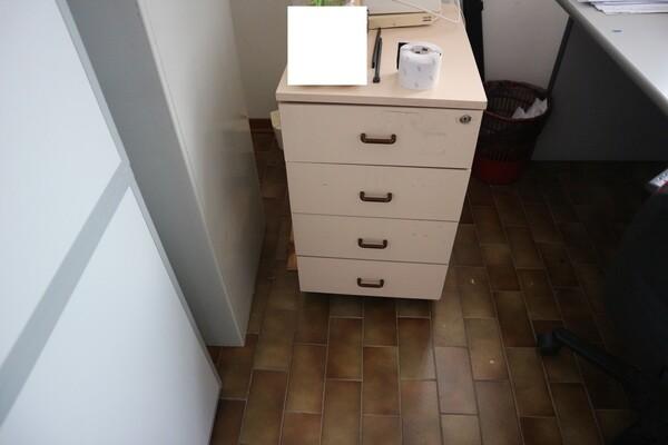 15#53000 Arredamento ufficio in vendita - foto 51