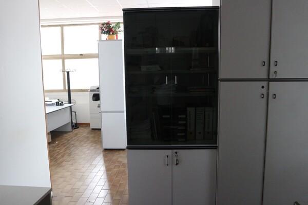 15#53000 Arredamento ufficio in vendita - foto 66