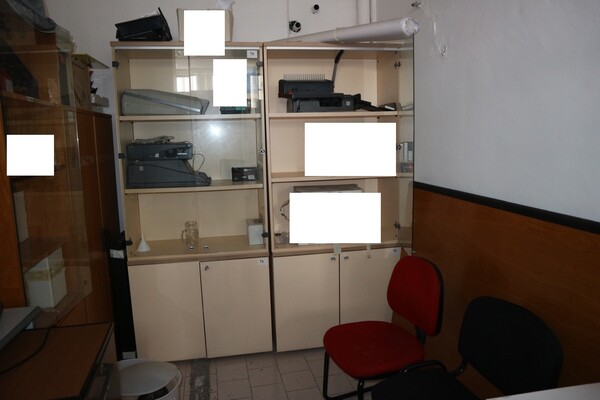 15#53000 Arredamento ufficio in vendita - foto 72
