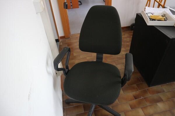 15#53000 Arredamento ufficio in vendita - foto 75