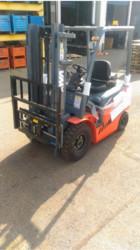 Electric forklift - Lot 9 (Auction 5301)