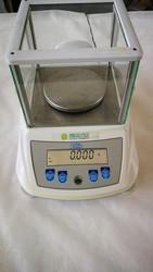 Bilancia da laboratorio - Lotto 8 (Asta 5315)