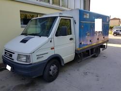 Iveco 35E truck - Lot 10 (Auction 5322)