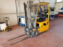 Jungheinrich electric forklift - Lot 17 (Auction 5322)