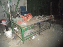 Workshop iron benches - Lot 34 (Auction 5325)