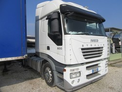 Iveco Magirus road tractor - Lot 3 (Auction 5329)