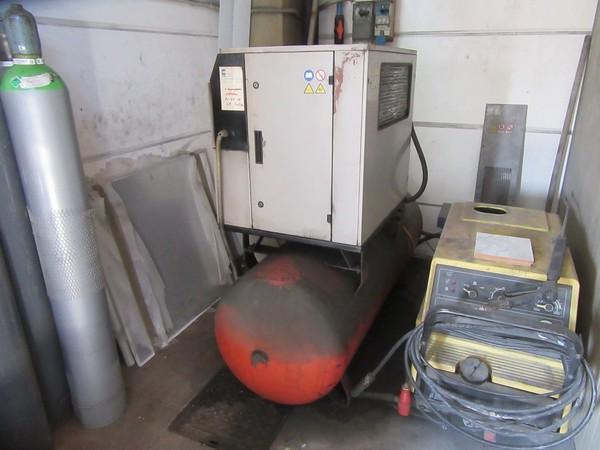 9#5339 Compressore Fini ed essiccatore Ceccato