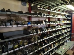 Automotive spare parts warehouse - Lot 4 (Auction 5357)