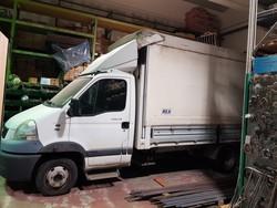 Renault Mascott truck - Lot 13 (Auction 5372)