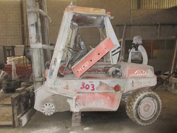 Linde forklift - Lot 17 (Auction 5374)