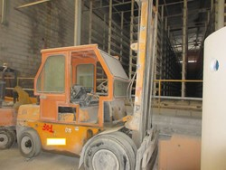 OM50 forklift - Lot 19 (Auction 5374)