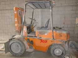 DIM35 forklift - Lot 22 (Auction 5374)