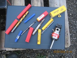 Stock of tooling bolts and measuring instruments - Lot 0 (Auction 5378)