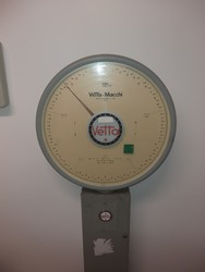 Weight scale - Lot 4 (Auction 5379)