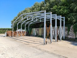Galvanized carpentry for tensile structure - Lot 4 (Auction 5395)