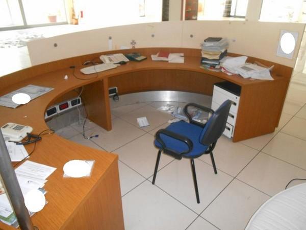 11#5398 Arredi per uffici