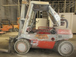 Linde forklift - Lot 16 (Auction 5405)