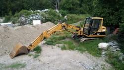 Caterpillar 307 B crawler excavator and Atlas Copco compressor - Lot 0 (Auction 5410)
