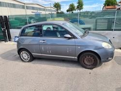 Autovettura Lancia Ypsilon