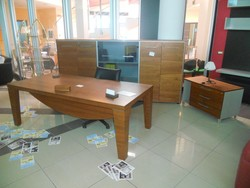 Office furniture in wood - Lot 48 (Auction 5419)