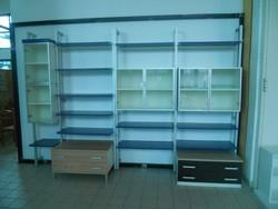 Aluminum bookcase and fabric sofa - Lot 53 (Auction 5419)