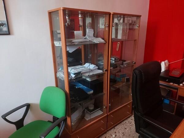 Immagine n. 4 - 1#5424 Arredi ed attrezzature da ufficio